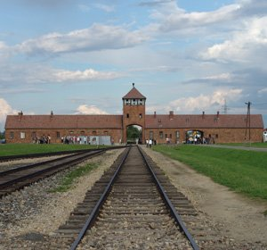 Auschwitz<span>Remembering the Holocaust</span>